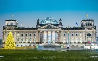 shutterstock_133631045-Reichstag-building-in-Berlin_-Germany-on-christmas