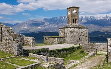 shutterstock_355336718-View-of-the-Gjirokaster-Castle-in-Albania