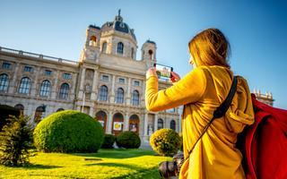 shutterstock_420503905-museum-of-Art-History-in-Vienna