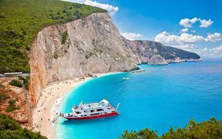 shutterstock_216291196-Beautiful-panoramic-view-on-turquoise-Katsiki-beach_-Lefkada