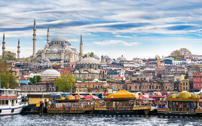shutterstock_307921724-Istanbul-the-capital-of-Turkey_-eastern-tourist-city