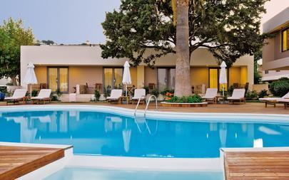 Deluxe-Bungalow-Suites---Rodos-Palace-Hotel