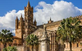 shutterstock_371719342-Palermo-Cathedral-church_-Sicily_-Italy