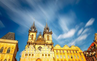shutterstock_506741164-View-on-the-famous-cathedral-on-the-old-town-square-in-Prague-city